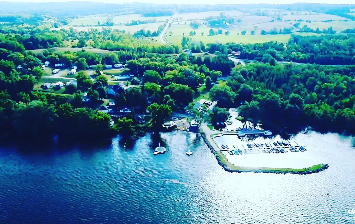 Surprising Muskie Bay Resort Rice Lake Ontario Cottage And Boat Home Interior And Landscaping Palasignezvosmurscom